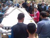 بالفيديو والصور.. تجهيز المقبرة الجماعية لشهداء كنيسة مار مرقس فى دير مارمينا
