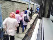 ارتباك حركة المترو بين محطتى المطرية وحلمية الزيتون بسبب تعطل أحد القطارات