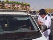"""""""مرور الجيزة"""" تحرر 322 مخالفة متنوعة بقطاع أكتوبر"""