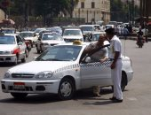 تكثيف تواجد مباحث المرور بمواقف السيارات لمنع رفع تعريفة الركوب