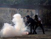 بالصور.. ارتفاع قتلى احتجاجات فنزويلا إلى 29 واشتباكات بين محتجين وقوات الأمن