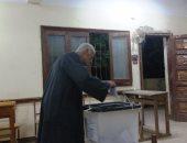 اقبال من كبار السن على لجان انتخابات المنوفية قبل اغلاق الصناديق