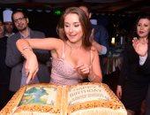 """الراقصة الروسية""""داليدا إنستزايا"""" تحتفل بعيد ميلادها وسط نجوم المجتمع"""