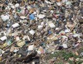 """القمامة تحاصر شوارع """"المسابك""""فى بشتيل.. وقارئ يطالب بحل المشكلة"""