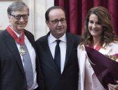 هولاند يمنح مؤسس مايكروسوفت وزوجته أعلى وسام فى فرنسا