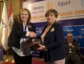 """الإعلامية سناء منصور تعلن دعمها وتقديرها لأعمال """"روتارى مصر"""""""