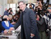ميلونشون يعلن استشارة مؤيديه بشأن تصويت الجولة الثانية من انتخابات فرنسا
