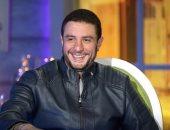 """أحمد الفيشاوى يفاجئ شيماء سيف: أظهر فى البرامج عشان الفلوس وجايلك """"نحتاية"""""""