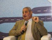 فاروق نبيل فى مكتبة مصر الجديدة لمناقشة رواية فقاعة
