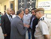 بالصور.. مساعد وزير الداخلية يتأكد من وجود حرم آمن بمحيط الكنائس