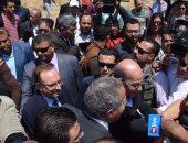 بالصور..وزيرا الزراعة والتموين ومحافظ بنى سويف يفتتحون موسم حصاد القمح