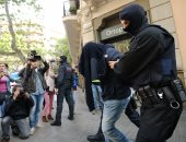 الشرطه الأسبانية تلقى القبض على 14 شخصا فى حملة ضد المافيا