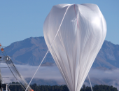 صورة لمنطاد عملاق تطلقه ناسا لجمع بيانات فى الفضاء القريب