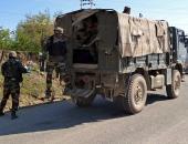 صور.. تواصل الاشتباكات بين الجيش الهندى والباكستانى على الحدود بين البلدين
