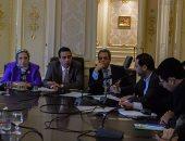 """""""صحة البرلمان"""" تطالب الوزارة بعرض تقارير لجنة تسعير الأدوية على اللجنة"""
