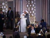 شيخ الأزهر: زيارة بابا الفاتيكان رسالة سلام للناس جميعًا