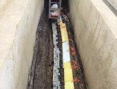 بالصور.. استخراج قطعة خشبية طولها 15 مترا من مركب خوفو الثانية