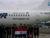 بالصور.. إقلاع طائرة مصر للطيران الجديدة من مطار مصنع بوينج قادمة للقاهرة
