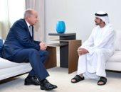 ولى عهد دبى يلتقى أحمد أبو الغيط على هامش أعمال منتدى الإعلام العربى