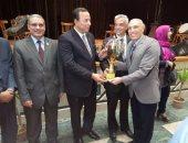 بالصور .. رئيس جامعة المنوفية يشهد حفل ختام الأنشطة الطلابية للعام الحالي