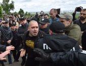 """بالصور..الشرطة الأوكرانية تلقى القبض على متظاهرين خلال مسيرة """"الفوج الخالد"""""""
