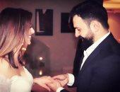 """زينة تهنئ وفاء الكيلانى بزواجها بتيم حسن.. وتعلق: """"سعيدة للغاية لأصدقائي"""""""