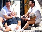 بالصور.. ريكى مارتن مصدوم ويبكى بعد إطلاق النار على ايدجار راميريز