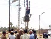 محافظ سوهاج : تركيب محول كهرباء بالطريق الرئيسى لقرية أم دومة وتل الزوكى