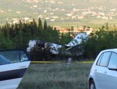 تهشيم سيارات بعد تساقط شظايا من طائرة قرب مطار روما