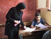 زيارة وكيل تعليم بنى سويف لجان امتحانات الإعدادية تكشف تهالك بعض المقاعد