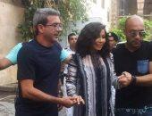 تداول صورة لشيرين عبد الوهاب فى شارع المعز أثناء تصوير أغنية جديدة
