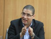 محمد أبو حامد يتقدم بمشروع قانون يجرم تعيين نواب البرلمان لأقاربهم