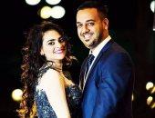 """عبر """"فيس بوك"""".. فتاة تطالب نجوى كرم باستعارة فستانها لحفل زفافها"""