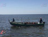 بالصور.. الصيد فى بحيرة البردويل مهنة البسطاء بقرى بئر العبد فى سيناء