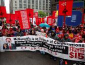 """بالصور.. """"الطباخين"""" فى أمريكا يتظاهرون للمطالبة بتحديد الحد الأدنى للأجور"""