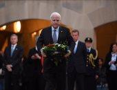 بالصور والفيديو.. ماكين يحتفل بالذكرى الـ 50 لنجاته من صاروخ سوفيتى