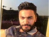تامر حسنى ينعى ضحايا حادث قطارى الإسكندرية