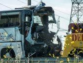 بالصور.. اصطدام حافلة بشاحنة نقل ثقيل بفرنسا