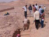 """""""الآثار"""" تعلن عن اكتشاف 10 مقابر تعود للعصر المتأخر فى أسوان"""