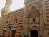 بالصور.. مسجدا أبو بكر والعباسى.. قبلة المصلين بالإسماعيلية فى رمضان