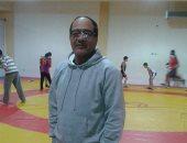مدرب منتخب المصارعة يلحق بالمنتخب لكازاخستان بعد انتهاء أزمة جواز السفر