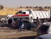 مصرع 3 أشخاص وإصابة 6 آخرين فى حادث انقلاب سيارة على طريق مطروح