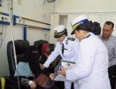 بالصور.. الشرطة النسائية توزع الهدايا على مرضى معهد الأورام بمناسبة رمضان