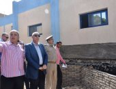 بالصور.. محافظ أسوان يتابع جهود إصلاح محطة كهرباء كرم الديب