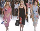 بالصور.. مجموعة أزياء موسكينو ريزورت 2018 تمزج بين الألوان الناعمة والساخنة
