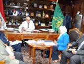 محافظ القليوبية يلتقى مساعد رئيس هيئة الإستثمار لمناقشة تطوير القناطر الخيرية