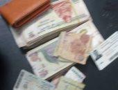 مسعف بالشرقية يسلم 45 ألف جنيه عثر عليها بمتعلقات متوفٍ