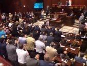 بالفيديو.. تصفيق حاد من النواب عند ذكر القوات المسلحة وانها لا تفرط في ذرة تراب