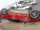 إصابة 6 فى حادث إنقلاب سيارة على الطريق الصحراوى الغربى بسوهاج