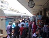 تأخر قطار سوهاج القاهرة عن رحلته 45 دقيقة بسبب عطل فى الجرار